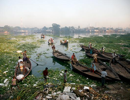 Polluted water in Bangladesh. Source: ABC News.
